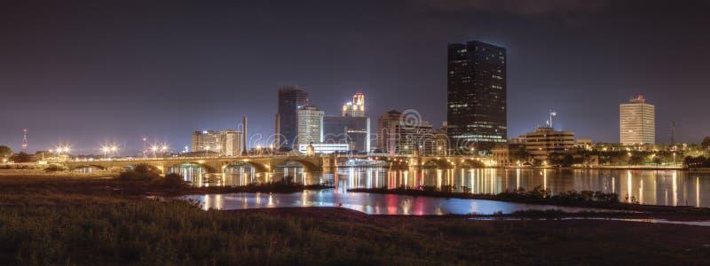 Toledo Skyline bij Nacht stock foto