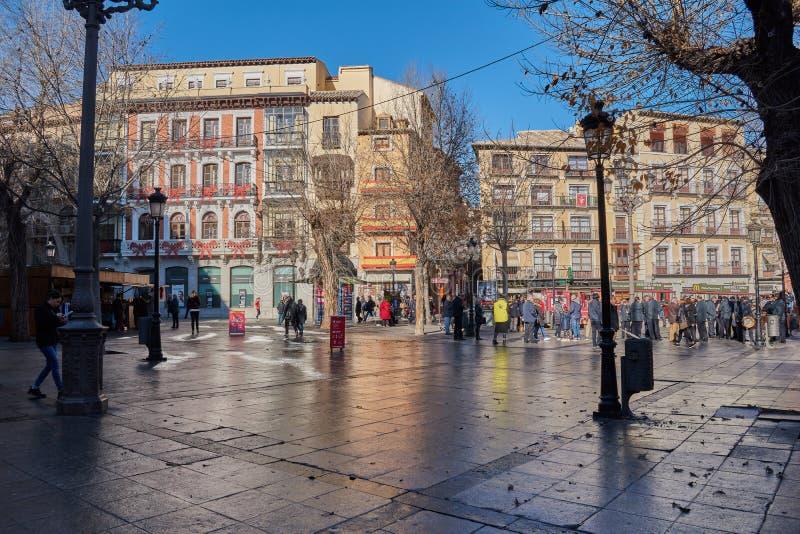 Toledo, Spanje - December 23, 2017: De zonsopgang van Nice één Kerstmisdag in Zocodover-verfraaid Vierkant stock foto