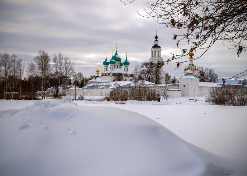 Tolga Monastery em Yaroslavl fotografia de stock