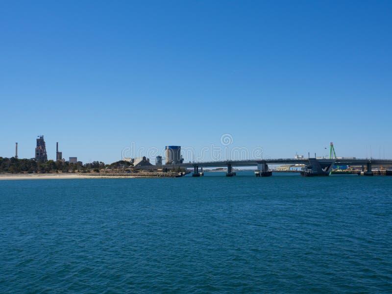 """Tom """"l'operatore subacqueo """"Derrick Bridge, citato comunemente come """"l'operatore subacqueo """"Derrick Bridge, è un ponte di bascull fotografie stock libere da diritti"""