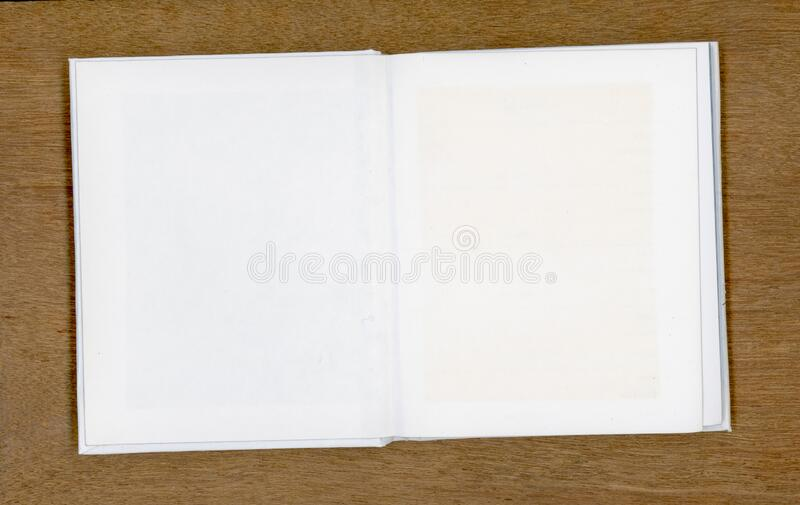 Tom anteckningsblock med kopieringsutrymme royaltyfria bilder