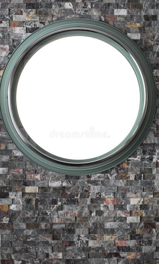 Tom grön rund ram på den lilla och färgrika tegelstenväggen arkivfoton