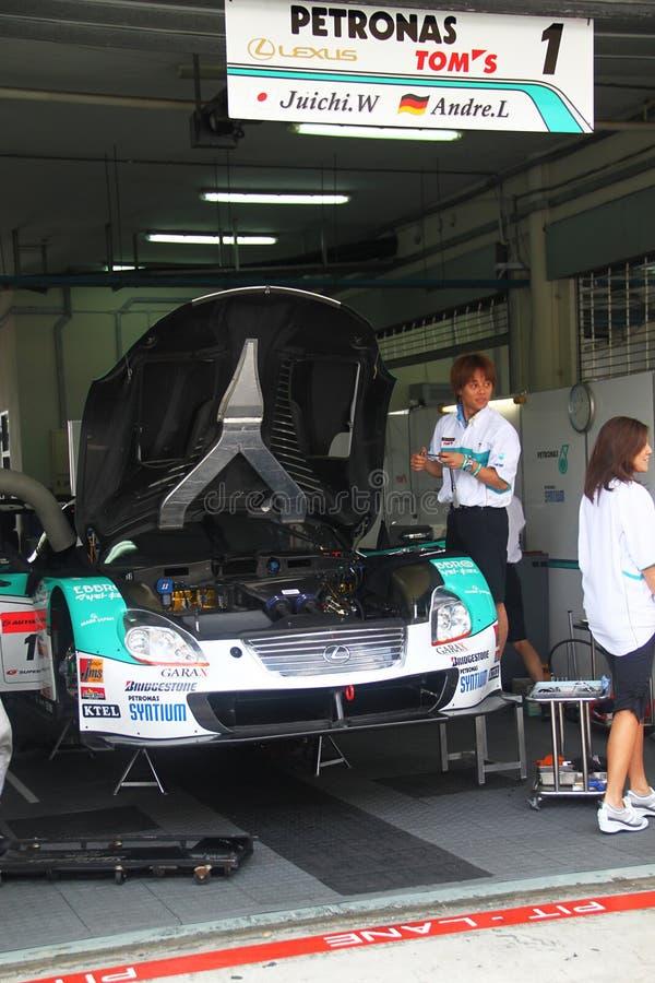 TOM Lexus van Petronas garrage, SuperGT 2010 royalty-vrije stock foto's