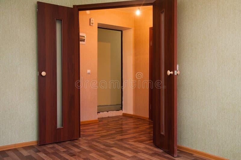 tom ny lokal för lägenhet royaltyfria foton