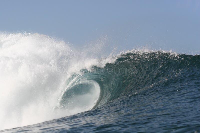 tom pipelinewave arkivbild