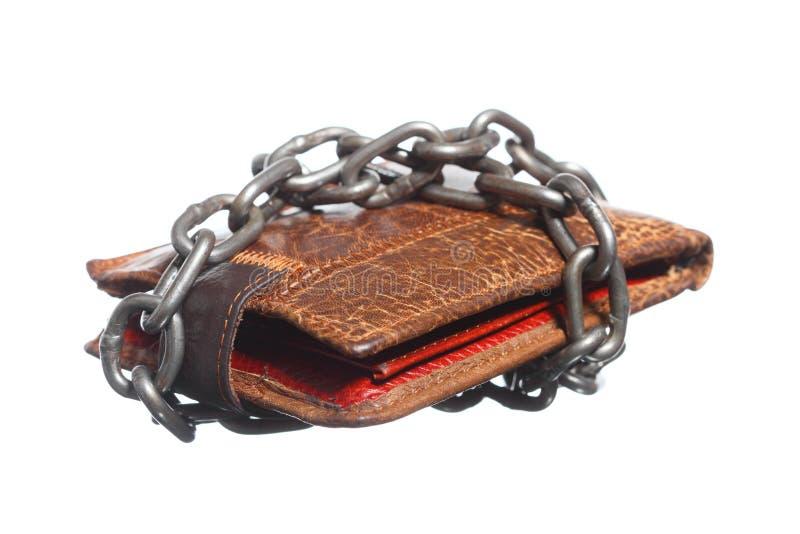 Tom plånbok i kedjan - fattig ekonomi, slut av utgifter fotografering för bildbyråer