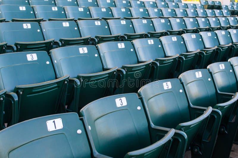 Tom stadionplacering i stor amfiteater arkivfoto