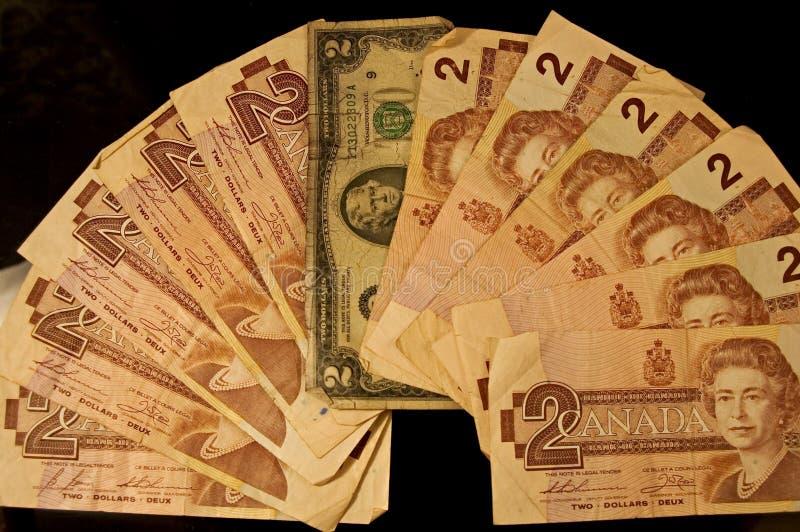 Download Tom y Liz foto de archivo. Imagen de banknotes, cuentas - 75610