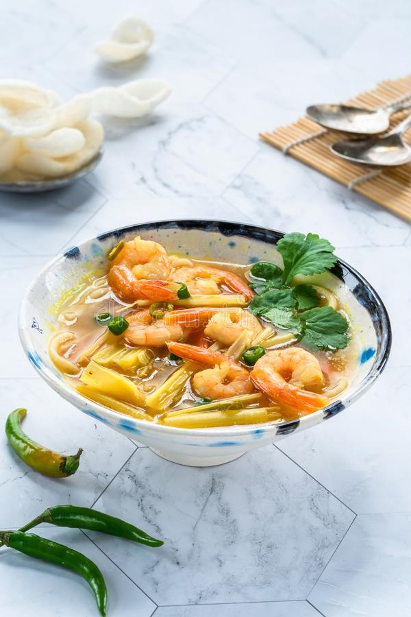 Tom yum - καυτή και ξινή σούπα με τις γαρίδες στοκ φωτογραφία με δικαίωμα ελεύθερης χρήσης