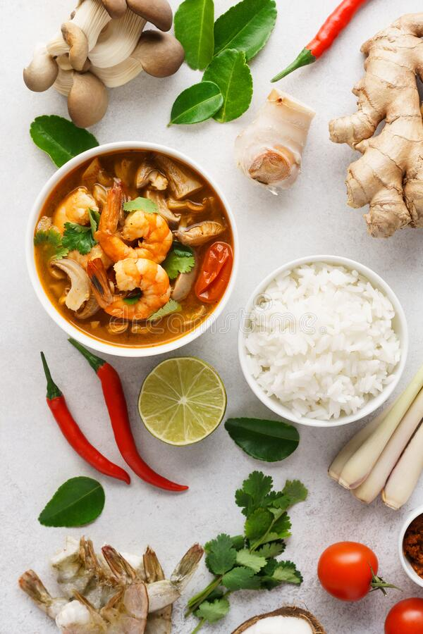 Free Tom Yum Goong Or Tom Yam Kung And Set Of Ingredients Royalty Free Stock Photo - 172630695