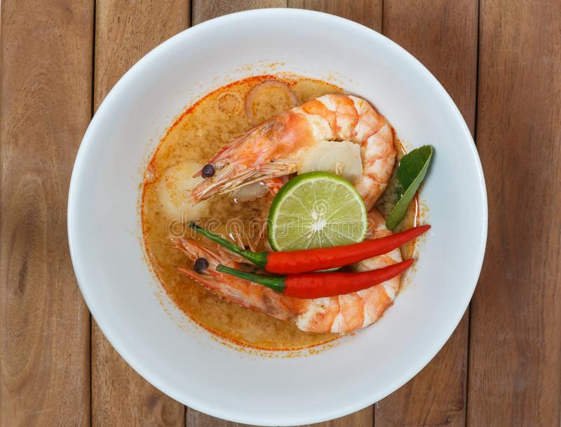Tom Yum Goong Spicy Sour Soup, alimento tailandês imagem de stock royalty free