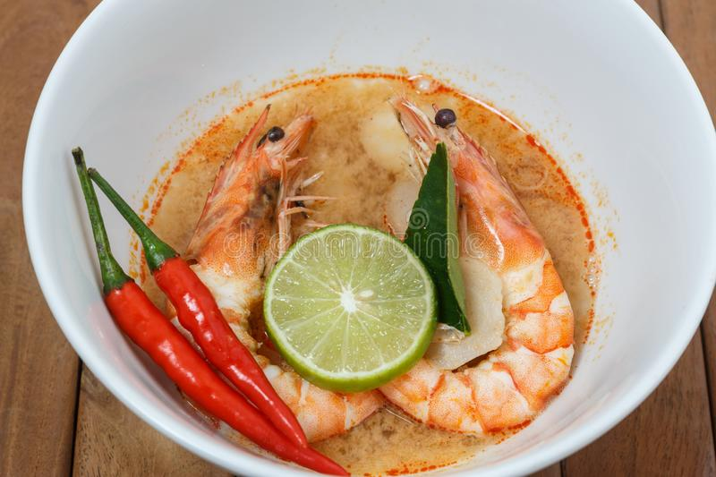 Tom Yum Goong Spicy Sour Soup, Thais voedsel o stock fotografie