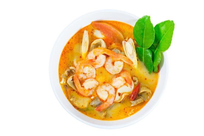Tom Yum Goong - Thaise hete en kruidige soep met garnalen stock fotografie