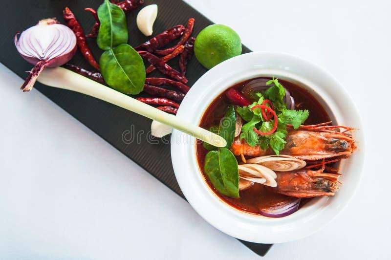 Tom Yum Gung - Tom Yum Soup - comida tailandesa foto de archivo libre de regalías