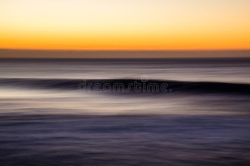 Toma panorámica de la onda en Bronte, NSW, Australia imagenes de archivo