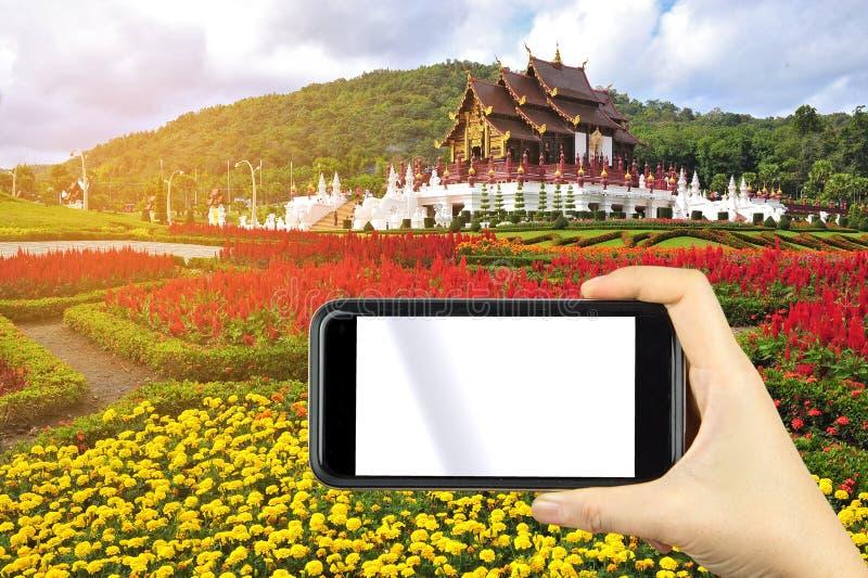 tomando a foto do pavillion real bonito no MAI de Chaing, Thailan imagens de stock