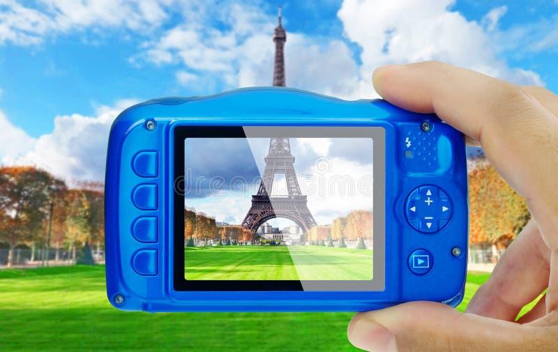 Tomando a torre Eiffel Paris pov da imagem fotografia de stock