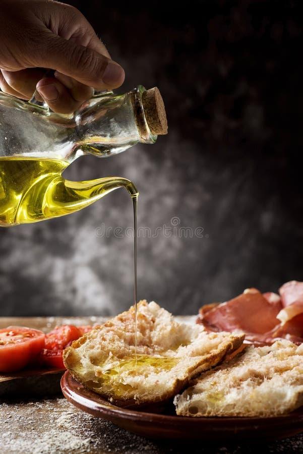 Tomaquet catalán del amb del PA con el jamón del serrano imagen de archivo libre de regalías
