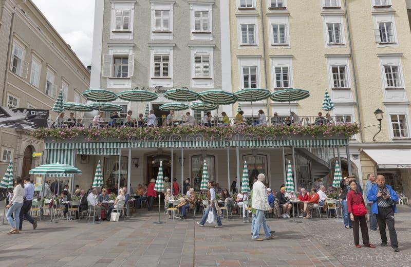 Tomasseli咖啡馆,最旧的咖啡馆在萨尔茨堡市,奥地利 库存照片