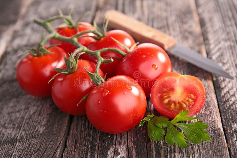 Download Tomate photo stock. Image du mûr, salade, cuisine, rustique - 45351552