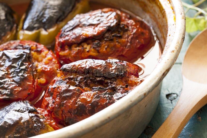 Download Tomate Bourrée Dans La Casserole De Cuivre Photo stock - Image du déjeuner, légume: 56481508