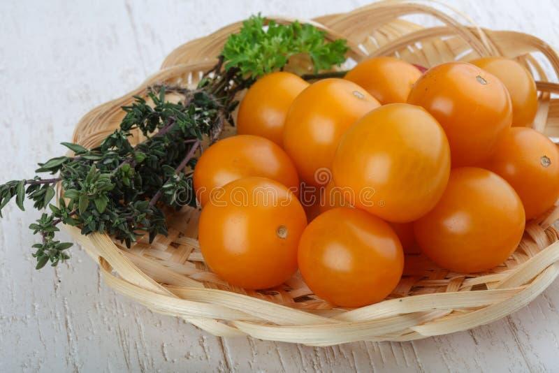 Tomate-cerise jaune photographie stock