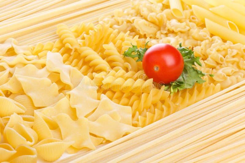 Tomate et macarons image libre de droits