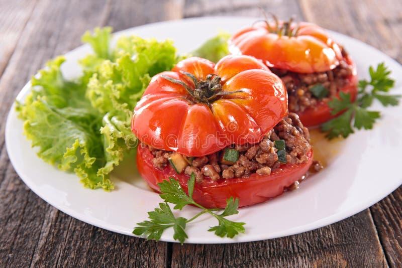 Tomate et salade cuites au four photos libres de droits