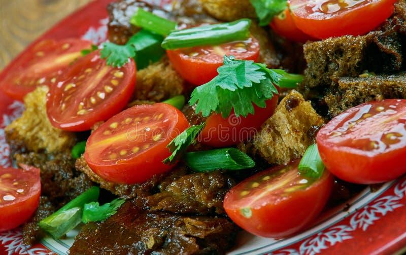 Tomate Panzanella lizenzfreies stockfoto