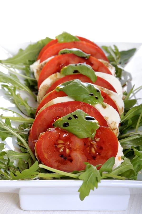 Tomate und Käse Antipasto   stockbild