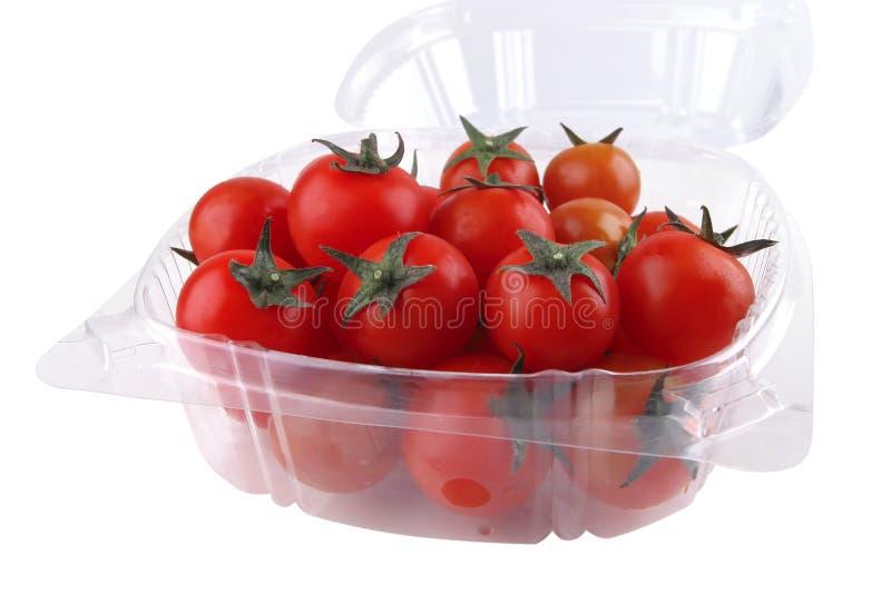 Tomatekirsche im Kasten stockfotos