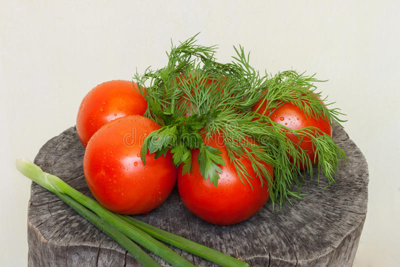 Tomaten en kruiden royalty-vrije stock afbeeldingen
