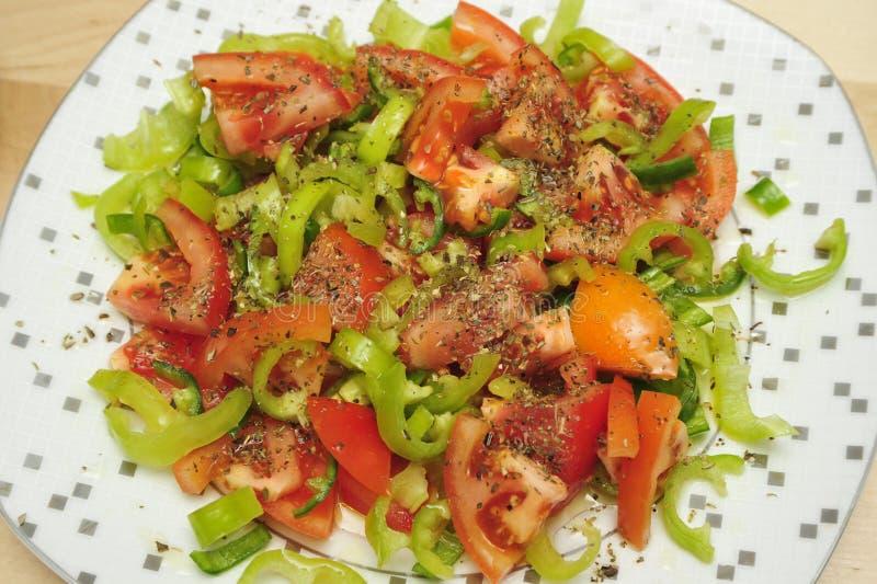 Download Tomaten en peper stock afbeelding. Afbeelding bestaande uit vers - 29509249