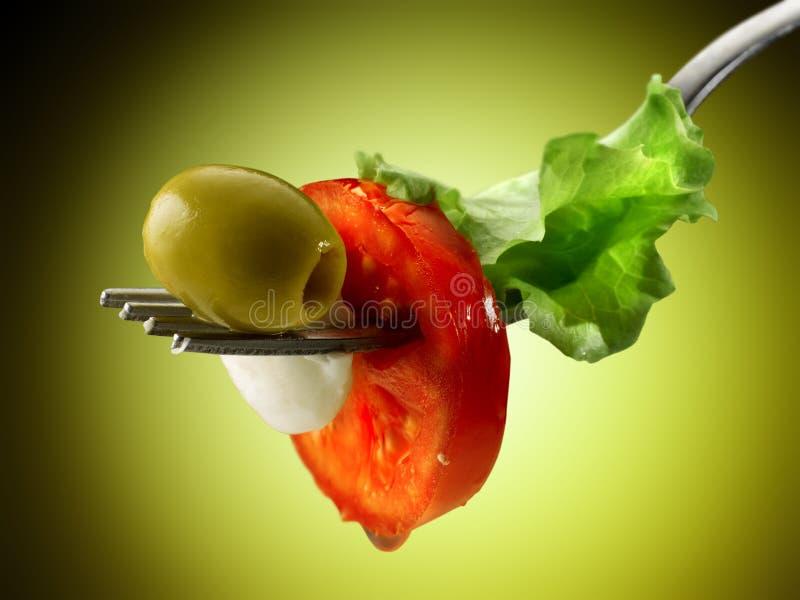 Tomaten Mozzarella und Salat lizenzfreie stockbilder