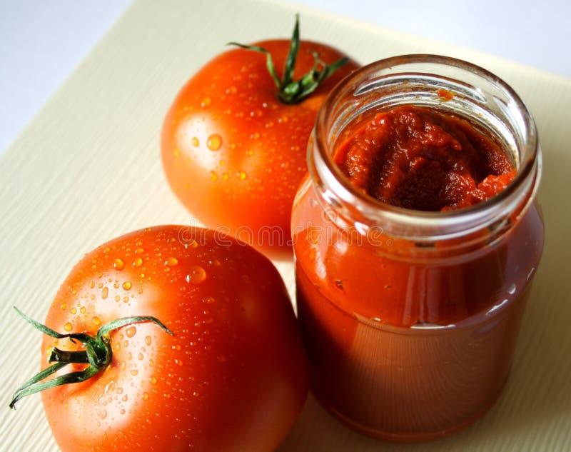 Tomatenpuree royalty-vrije stock afbeeldingen