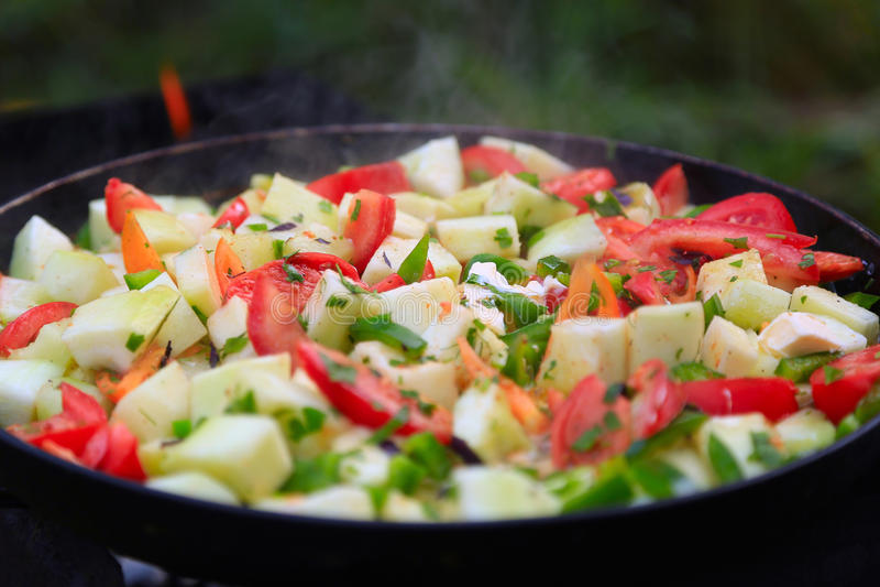 Tomates, abobrinha, peper, cebola cozinhada foto de stock royalty free