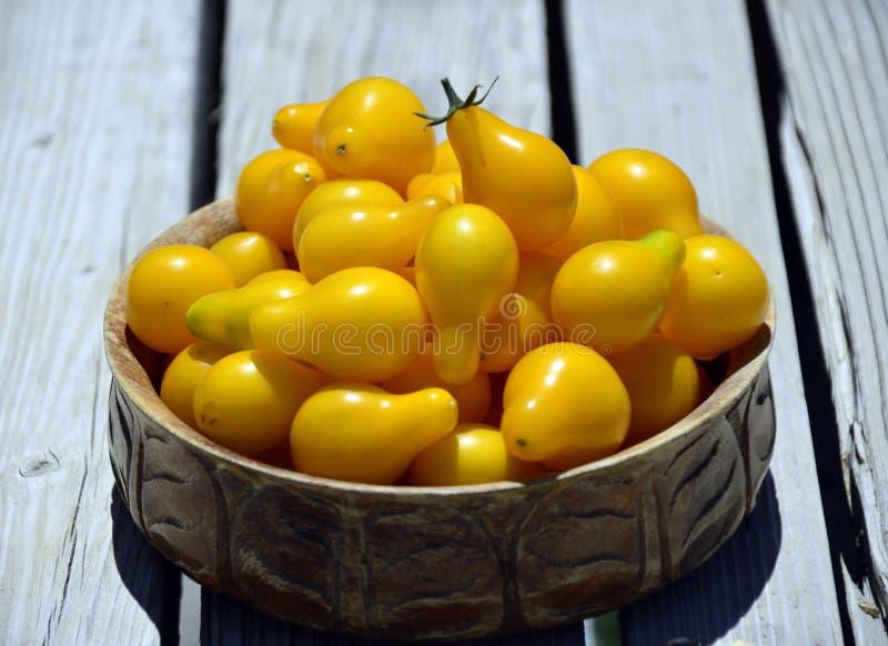 Tomates-cerises jaunes photo stock