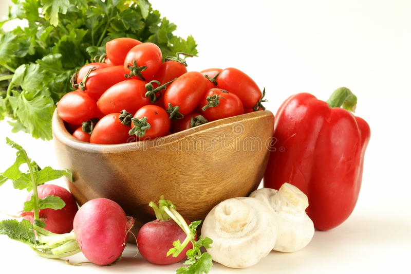 Download Tomates De Cereja, Rabanetes, Pimentas E Salsa Imagem de Stock - Imagem de fruta, dieta: 29840533