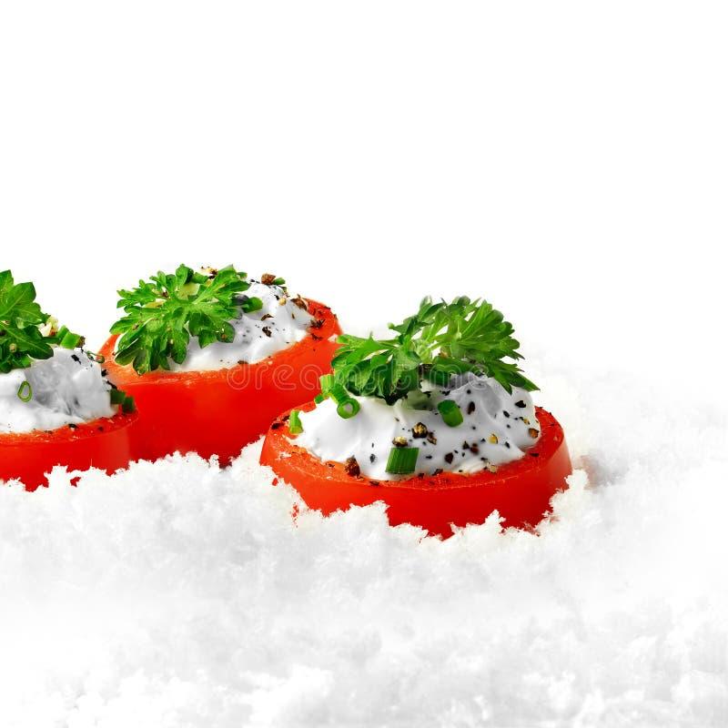 Tomates enchidos com queijo macio imagem de stock royalty free