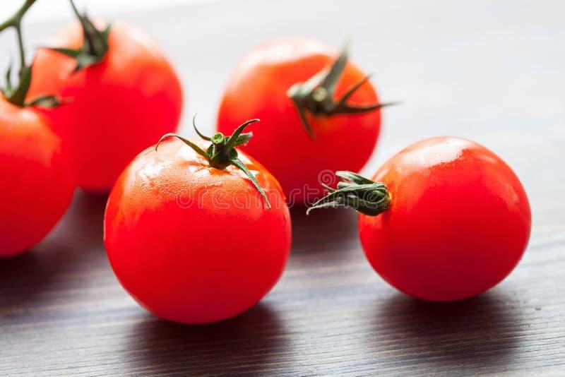 Tomates frescos saborosos imagens de stock royalty free