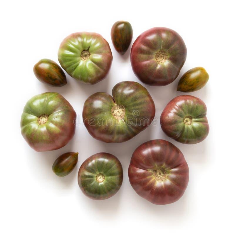 Tomates organiques d'héritage en cercle photo stock