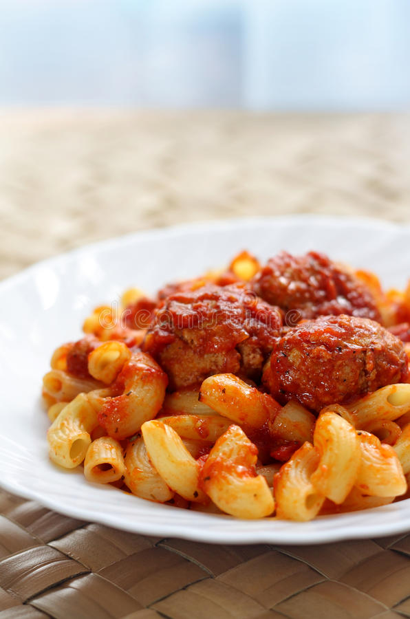 Tomato souce and pasta