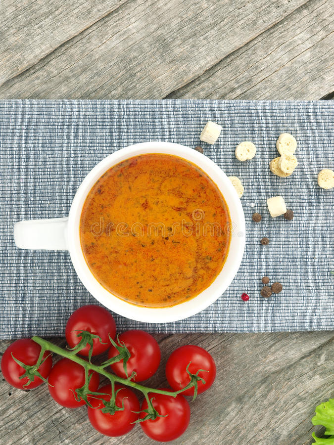 Free Tomato Soup With Fresh Ingredients In A Soup Cup Royalty Free Stock Photography - 18789397