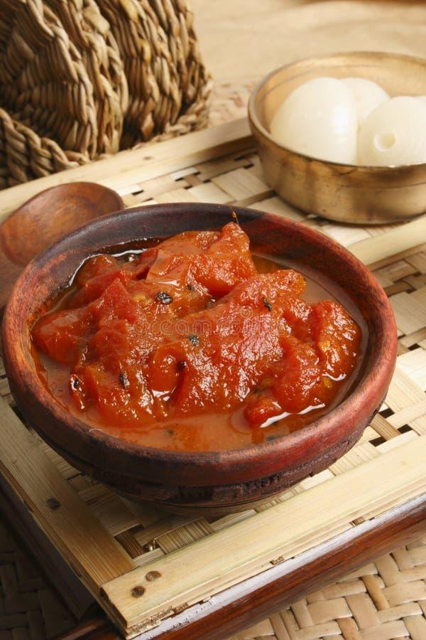 TomatOambal chutney - en maträtt från Nagaland. royaltyfri foto