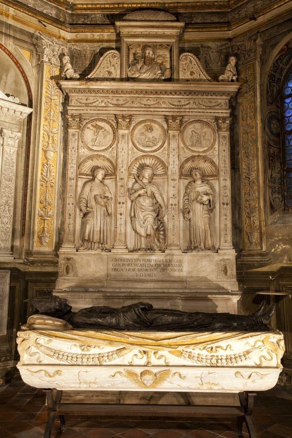 Tomba dei cardinali Cristoforo e Domenico della Rovere 1479 Santa Maria del Popolo Church immagini stock