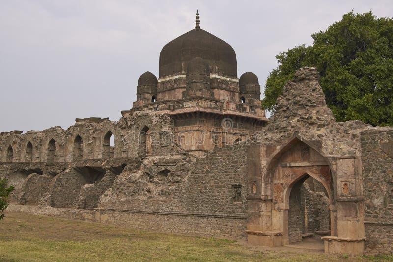Tomba del ` s di Darya Khan in Mandu, India fotografia stock libera da diritti