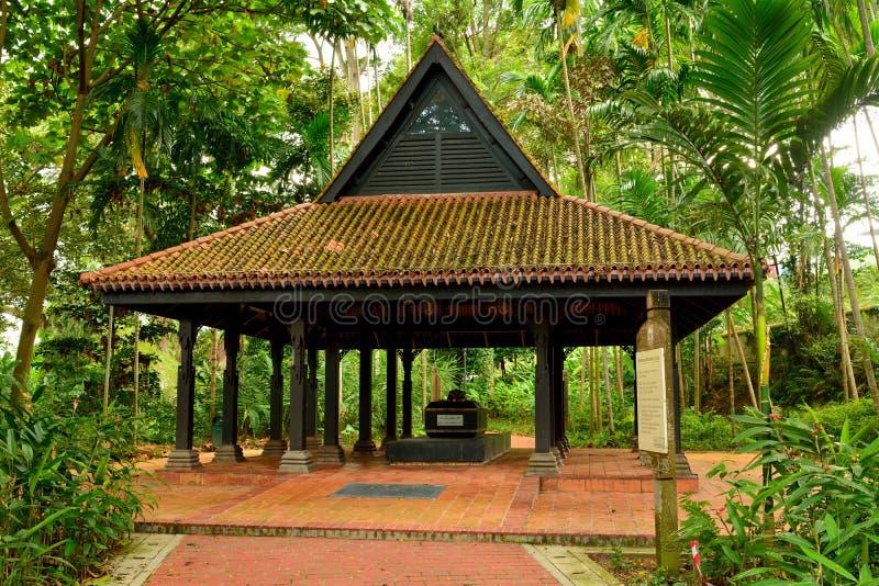 Tomba dello scià di Keramat Iskandar alla fortificazione che inscatola a Singapore immagini stock libere da diritti