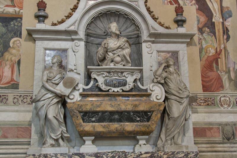 Tomba di Galileo Galilei in Di Santa Croce, Firenze della basilica immagine stock libera da diritti