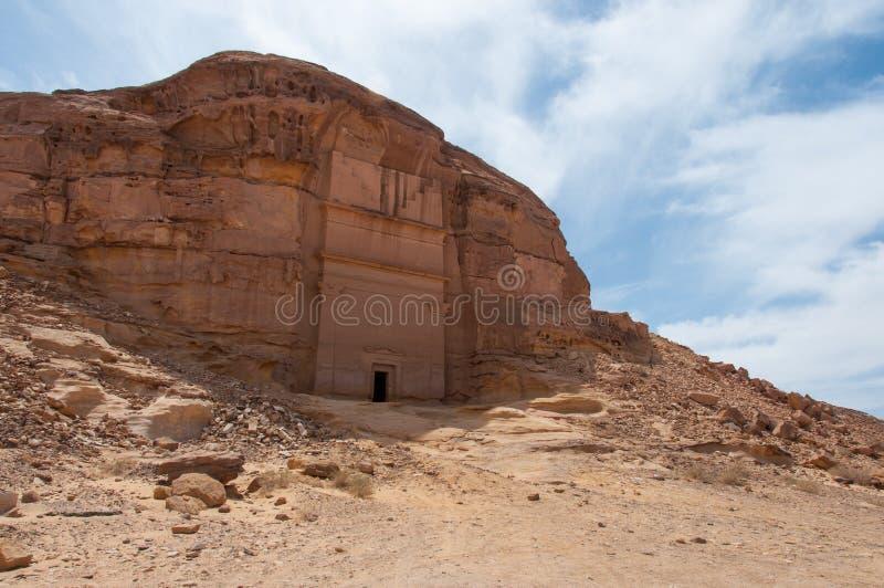 Tomba di Nabatean nel sito archeologico di Madaîn Saleh, Arabia Saudita fotografie stock