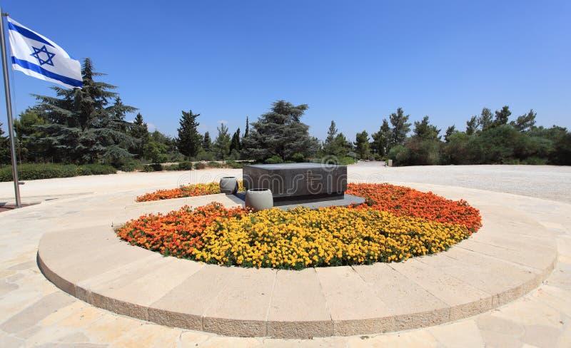 Tomba di Theodor Herzl sul Monte Herzl fotografie stock libere da diritti